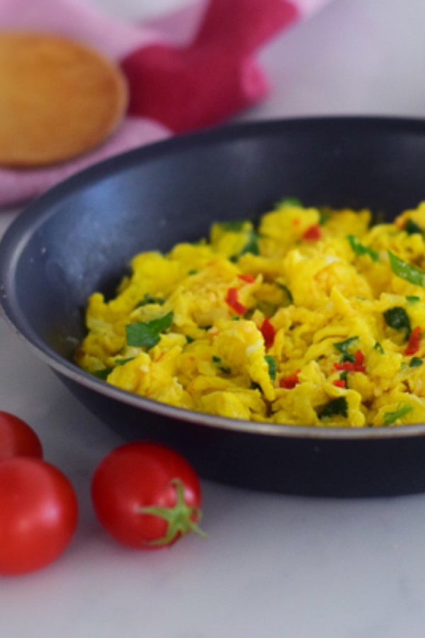 Scrambled eggs made the Indian way