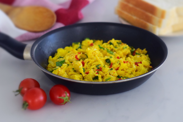 Spicy Indian Scrambled Eggs (South African Recipe)