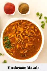 Mushroom curry cooked with tomatoes, yogurt and spices