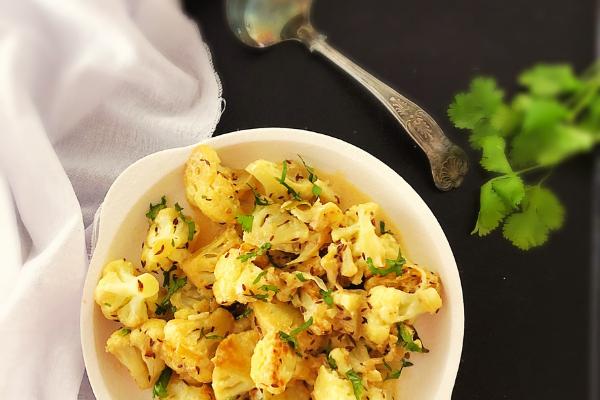 simple Indian cauliflower dish with cumin and cream