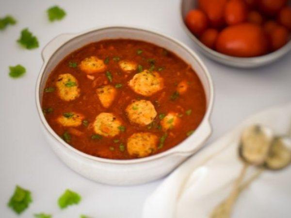Chicken Meatballs in Tomato Sauce : Gluten Free