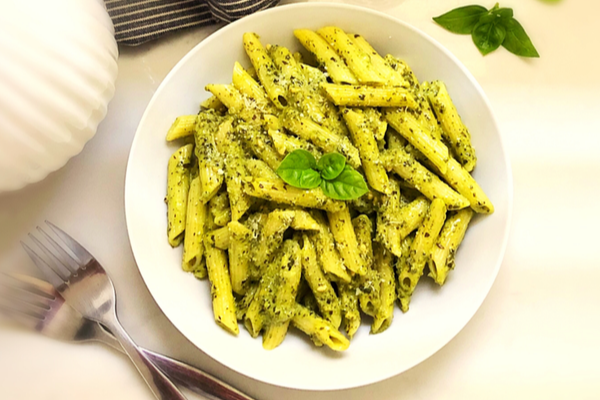 Quick and Easy Pasta dish in a creamy pesto sauce