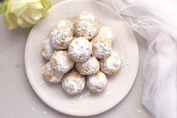 Brown Butter Pecan Balls