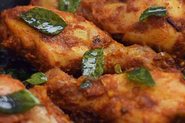 Spicy and fragrant roast chicken