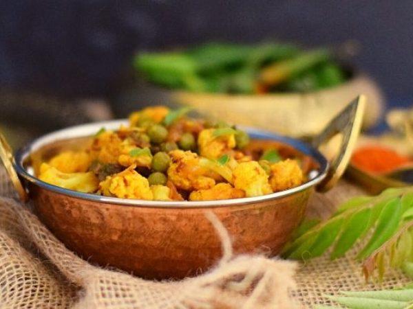 Cauliflower and Pea Curry