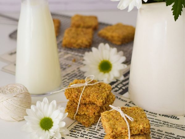 Simple Oat Crunchies