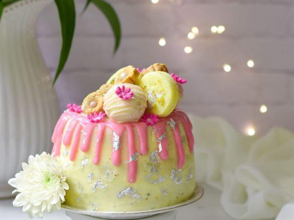 Easy Eggless Mini Burfee Cake