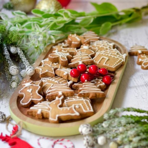 Easy Ginger Bread Cookies on a platter